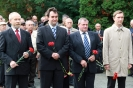 В день освобождения на военном кладбище Таллина_29