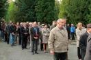 В день освобождения на военном кладбище Таллина_33