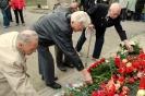 В день освобождения на военном кладбище Таллина_70